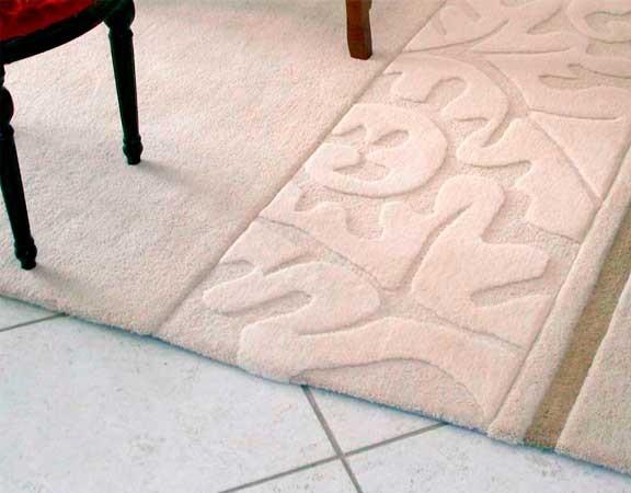 white-detail-rug